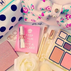 free girly stuff - front page